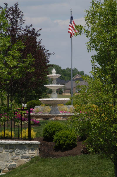 Clubhouse Fountain with Flag